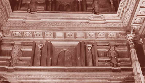 interior wood carving friday mosque maldives